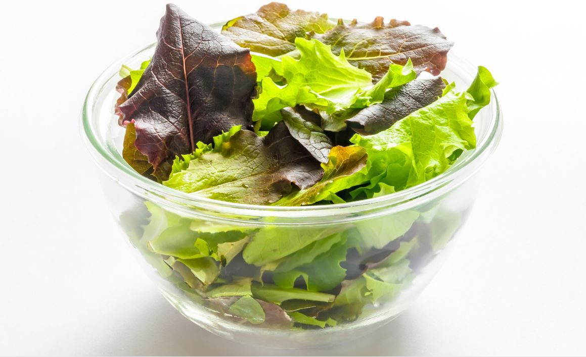 How Many Calories Are in 1 Cup of Leafy Greens